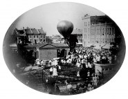 The balloon Jupiter Image: Smithsonian National Postal Museum